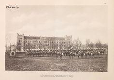 """Escadronul de Jandarmi, Iaşi, 1902, Romania. Ilustrație din colecțiile Bibliotecii Județene """"V.A. Urechia"""" Galați. http://stone.bvau.ro:8282/greenstone/cgi-bin/library.cgi?e=d-01000-00---off-0fotograf--00-1----0-10-0---0---0direct-10---4-------0-1l--11-en-50---20-about---00-3-1-00-0-0-11-1-0utfZz-8-00&a=d&c=fotograf&cl=CL1.40&d=J218_697980"""
