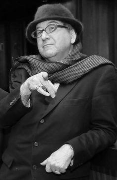 Luis Antonio de Villena (Madrid, 31 de octubre de 1951)