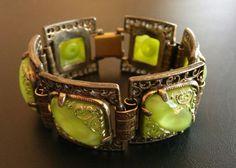 Vintage Bracelet Flower Green Molded Glass Square Book Chain Link Gold Tone 3126