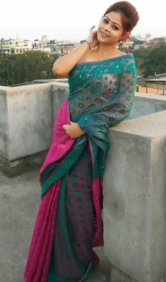 End Customization with Hand Embroidery & beautiful Zardosi Art by Expert & Experienced Artist That reflect in Blouse , Lehenga & Sarees Designer creativity that will sunshine You & your Party. Beautiful Girl Indian, Beautiful Girl Image, Most Beautiful Indian Actress, Beautiful Saree, Beautiful Women, Desi Girl Image, Girls Image, Saree Models, Thing 1