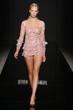Rani Zakhem Fall-winter 2014-2015 - Couture - http://www.flip-zone.net/fashion/couture-1/independant-designers/rani-zakhem-4840