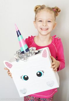 Unicorn Valentine Card Box out of a regular box! Super adorable DIY Valentine& Day Card Box holder or candy/treat box idea! Such a cute craft for your kids classroom Valentines party at school! Party Unicorn, Unicorn Valentine, Unicorn Birthday, Diy Birthday, Unicorn Pinata, School Birthday, Valentine Boxes For School, Valentines For Kids, Valentine Day Cards