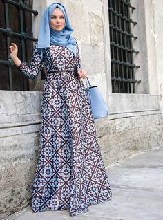 Beautiful baby blue and chocolate dress, modern islamic fashion, from Turkey. Batik Fashion, Abaya Fashion, Modest Fashion, Unique Fashion, Fashion Outfits, Mode Unique, Mode Simple, Abaya Style, Muslim Dress