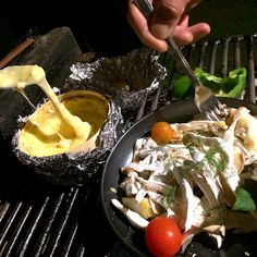It's my yoga & healty food retreat@villa Shirahama.  The menu of this healthy meal is   ・Balsamic marinated fig & eggplant ・Seasonal uncured ham roll(fig) ・Cheese fondue of Mont d'Or ・Vegetable BBQ