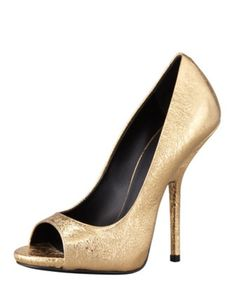 These are simply lovely, and I'm not even a huge fan of gold.