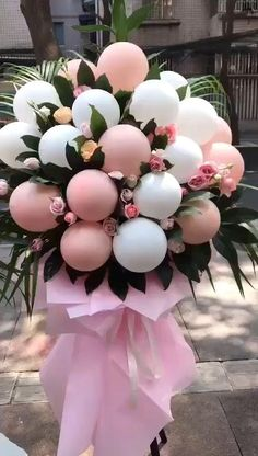 If you are going to open a shop, you may receive flowers or flower baskets from friends on the day of opening, which means good business. Here are 15 kinds of opening flowers and opening flower stands, which is very suitable for embellishment. Birthday Balloon Decorations, Balloon Centerpieces, Birthday Balloons, Baby Shower Decorations, Wedding Decorations, Shower Centerpieces, Balloon Flowers, Balloon Bouquet, Balloon Garland