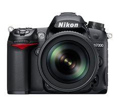 Nikon Deutschland - Digitalkameras - Spiegelreflexkameras - Consumer - D7000 - Digital Cameras, D-SLR, COOLPIX, NIKKOR Lenses