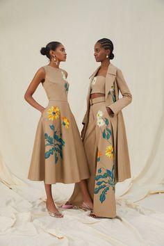 Style Couture, Couture Fashion, Runway Fashion, Womens Fashion, Fashion Trends, Street Fashion, Mode Outfits, Fashion Outfits, High Fashion Dresses