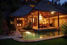 "Tropical Hideaway Near Bali""s Valley of the Kings: Viceroy Resort:"