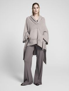 See the complete ATM Anthony Thomas Melillo Pre-Fall 2017 collection.