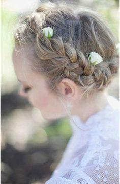#flower crown #couronne de fleurs #cheveux #mariage #wedding #braid