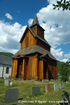 Torpo stave church, Buskerud