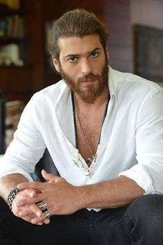 Can Yaman (pardon Yunan Tanrısı) Turkish Men, Turkish Actors, Beautiful Men Faces, Gorgeous Men, Mens Hairstyles With Beard, Man Bun, Hot Actors, Good Looking Men, Beard Styles