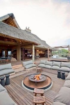 41 Comfortable and cool roof terrace design ideas | kevoin.com #rooftop #rooftopideas #rooftopdesign Outdoor Pergola, Backyard Pergola, Outdoor Fire, Backyard Landscaping, Modern Pergola, Landscaping Ideas, Outdoor Couch, Metal Pergola, Outdoor Lounge