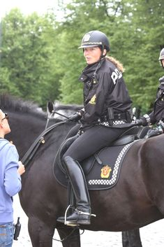 The most important role of equestrian clothing is for security Although horses can be trained they can be unforeseeable when provoked. Riders are susceptible while riding and handling horses, espec… Equestrian Boots, Equestrian Outfits, Equestrian Style, Equestrian Fashion, Horse Riding Boots, Riding Hats, Riding Helmets, Military Women, Women Police