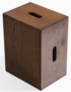 """E CORBUSIER (CHARLES-EDOUARD JEANNERET DIT) (1887-1965)  Tabouret modèle LC 14 - cube Chêne patiné. 1956-1959 Kruk """"LC 14-cube"""" Eik. 1956-1959 H.43 cm L.33 cm P.25 cm Provenance/Herkomst: la Maison du Brésil, Cité Internationale Universitaire de Paris. Galerie Jousse/Seguin 50s Furniture, Modern Furniture, Le Corbusier, Cubes, Charlotte Perriand, Pierre Jeanneret, Bench Stool, North And South America, Ottoman"""
