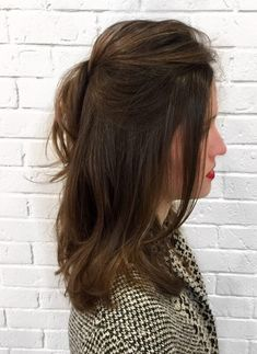 New Spectacular Long Layered Hairstyles With High Bun to Look Pretty and Trendy Neue spektakuläre, l Over 40 Hairstyles, Easy Hairstyles For Long Hair, Bun Hairstyles, Trendy Hairstyles, Layered Hairstyles, Gorgeous Hairstyles, Hairstyles 2018, Hairstyle Ideas, Cool Haircuts For Girls