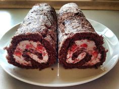 Chokoladeroulade med jordbær | Urban Mad