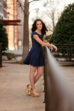 Senior pictures, ideas for girls, click the pic to see urban, country, floral headwreath, Dallas, north Texas