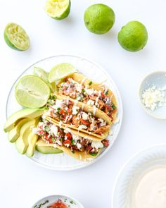 easy weeknight chicken tacos I howsweeteats.com... These would be really good & low carb without the shell.