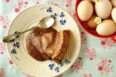 Pão-de-ló húmido de chocolate