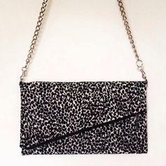 Gorgeous over the shoulder bag. :)