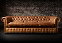 Find out all of the information about the Fleming & Howland product: Chesterfield sofa / leather / / brown WILLIAM . Chesterfield Corner Sofa, Chesterfield Furniture, Leather Chesterfield, Leather Sofas, Sofas Vintage, Home Pub, Georgian Interiors, Couches For Sale, Types Of Sofas
