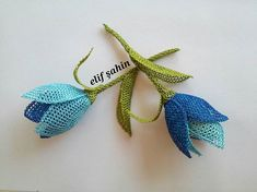 Piercings, Needle Lace, Moda Emo, Crochet Earrings, Drop Earrings, Embroidery, Christmas Ornaments, Holiday Decor, Craft