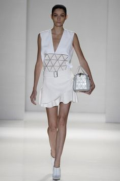 Victoria Beckham New York Fashion Week S/S 2014 Runway