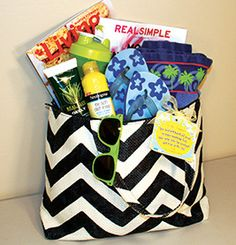 Summer Relaxation Tote Directions and Tags | 9 Quick and Easy Teacher Appreciation Gifts | PTOToday.com