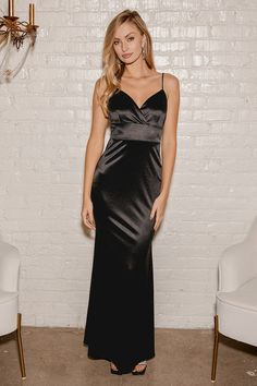 Your love is written in the stars, so make those dreams come true in the Lulus Perfectly Aligned Black Satin Mermaid Maxi Dress! Slightly stretchy satin shapes this gorgeous dress with a surplice neckline and a princess-seamed bodice supported by adjustable spaghetti straps. A high, banded waist tops a flaring, mermaid maxi skirt. Hidden back zipper/clasp. Next Bridesmaid Dresses, Flattering Bridesmaid Dresses, Affordable Bridesmaid Dresses, Black Satin Dress, Satin Dresses, Black Maxi, Dresses For Less, Types Of Dresses, Maid Of Honour Dresses