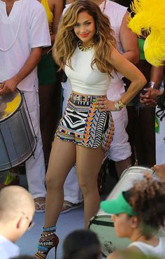Jennifer Lopez in Emilio Pucci Spring 2014 Printed Shorts and GZanottiDesign Embellished Sandals <3
