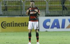 Mancuello, meia do Flamengo. Clube é patrocinado pela Caixa (Foto: Gilvan de Souza / Flamengo)