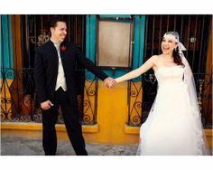 Este es el velo de novia en look pirata. Foto: Velos y M... #bodas #tendencias #velo #novia #2014