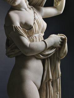 Detail: Venus Callipyge - Aphrodite Kallipygos. 1st.century AD. Roman. marble. National Archaeological Museum. Naples. http://hadrian6...