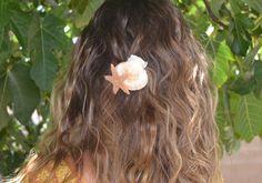 Starfish Hairpin, Mermaid Hairpin, Beach Wedding Hair Clip, Sugar Starfish Seashell Hairpin, Shell Hair Clip, Nautical Hair Clip, Beach Hair by TutuKanesInspiration on Etsy