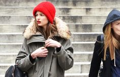 red lips and beanie