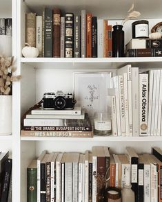 It's a been a while so thought it was time to share a little snap of my bookshelves— I was doing a bit of rearranging today to make room… – Interior Design Bookshelf Styling, Bookshelves, My New Room, My Room, Home Design, Interior Design, Tumblr Rooms, Bureau Design, Book Aesthetic