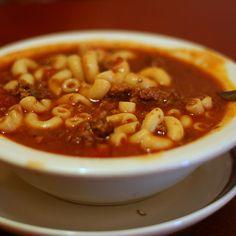 Hamburger Macaroni Crock Pot Soup (1)