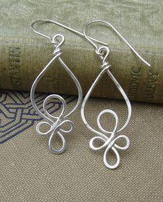 Celtic Loops Sterling Silver Wire Earrings от nicholasandfelice, $22.00