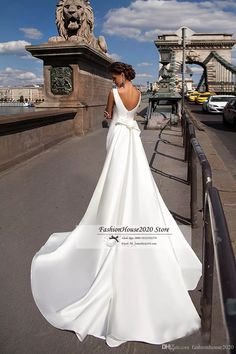 I found some amazing stuff, open it to learn more! Don't wait:https://m.dhgate.com/product/simple-satin-mermaid-wedding-dresses-2017/393042043.html