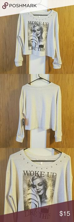 """Marilyn Monroe crop sweat shirt Marilyn Monroe crop sweat shirt.   NWT purchased from Macys   From shoulder to hem it is 21"""" Marilyn Monroe  Tops Sweatshirts & Hoodies"""