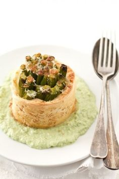 Cestino di pasta sfoglia con asparagi - Semplice e delizioso!