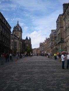 Edinburgh's Royal Mile. Walked it a few times during our stay in Edinburgh. I bought a bunch of souvenirs that I didn't really need.