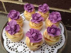 Vintage roses cupcakes #whippedwithlove #roses #vintage
