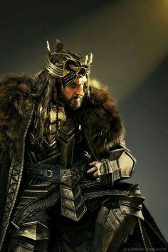 Richard Armitage as Thorin Oakenshield in The Hobbit Trilogy Gandalf, Legolas, Der Hobbit Thorin, O Hobbit, Bilbo Baggins, Thorin Oakenshield, Thranduil, Hobbit Art, Aragorn