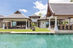 Villa Sila on Maenam beach - 7 bedrooms plus dorm for 6 kids