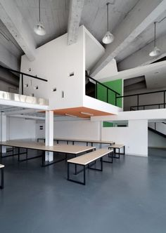 HAD Office / Had Architects - ( just incase, we cannot get rid of column - )
