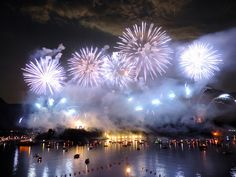 Fireworks Isola Comacina, Lake Como - june 2014 | Fuochi d'artificio all'Isola Comacina, Lago di Como - giugno 2014 | #lake #Como #Lago #Italy #lakecomoapp #isolacomacina #fireworks