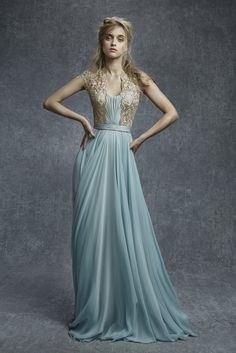 Reem Acra Pre-Fall 2015: Carrie Underwood (www.ifiwasastylist.blogspot.com)